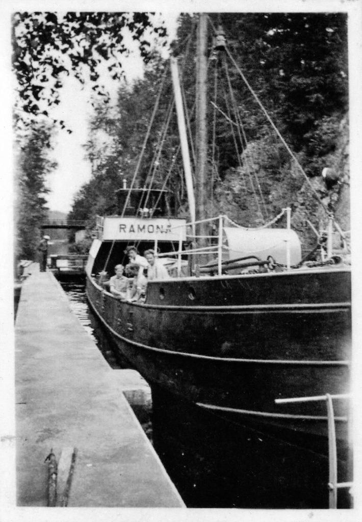 Ramona 1945 Strömmen b skeppare hilding karlsson album
