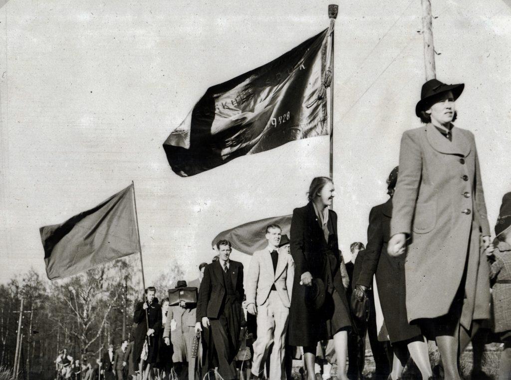 Alrik album 3 Första maj 1942 (2)
