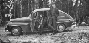 Volvo PV och en Jeep